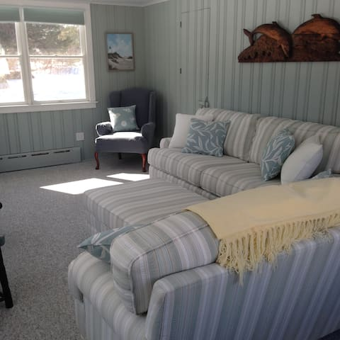 Guilford, lovely marsh views, close to New Haven - Guilford - Casa
