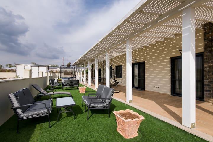 Chatzrot Choshen Deluxe Villa - Safsufa - Vila
