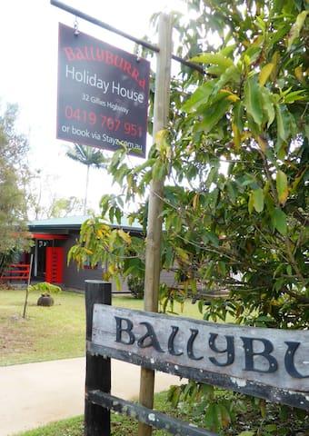 Ballyburra, The Heart of Yungaburra - Yungaburra - Casa