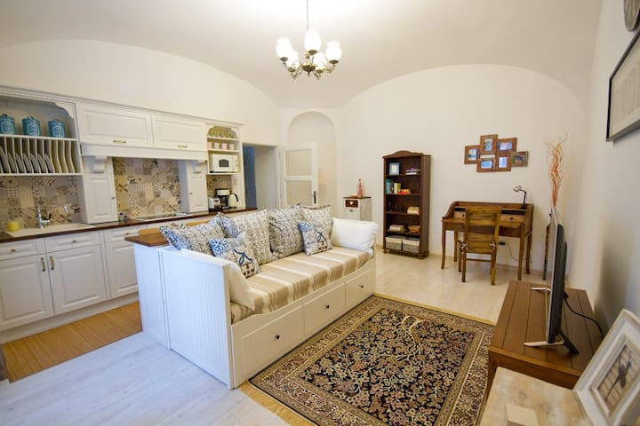 Exclusive Apartment in the Heart of Eger - Eger - Appartement