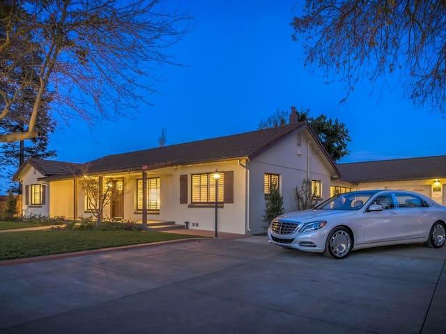 Annadan Suites is the beautifully located - Stockton - Casa