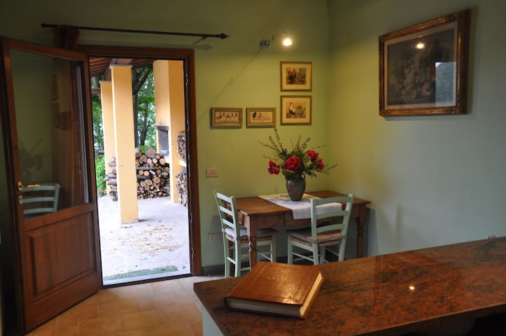 A ROMANTIC HOLIDAY IN THE HEART OF MUGELLO - Vicchio - Huis