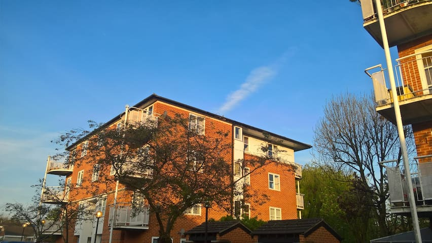 Lovely flat in North West London - Edgware - Daire