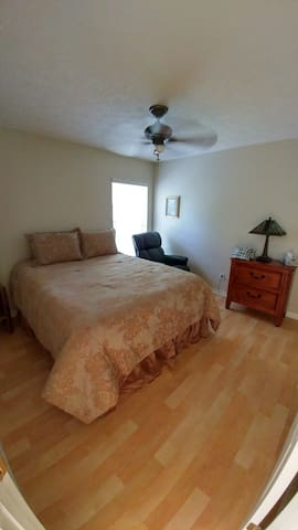 Quiet Country Living in a Golf Course Community R2 - Hernando - Rumah
