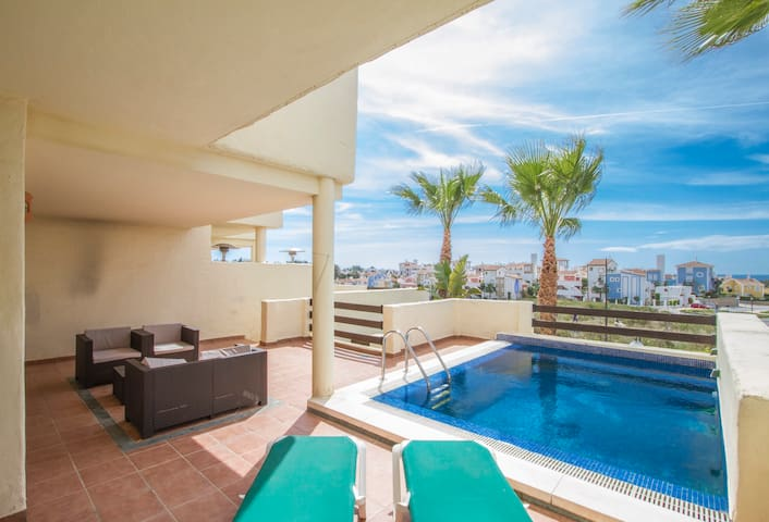 Very luminous house with terrace and pool 2 - Estepona - Huis