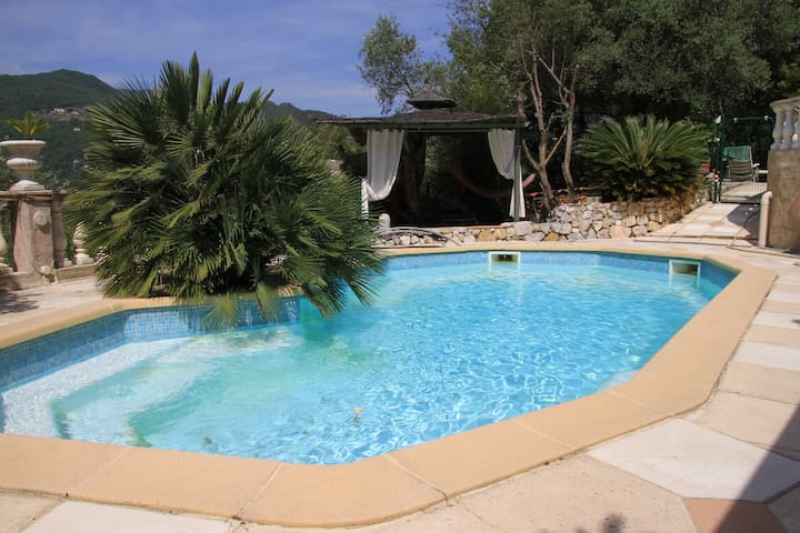 Peaceful independant studio in Nice hinterland (: - Saint-Martin-du-Var - Departamento