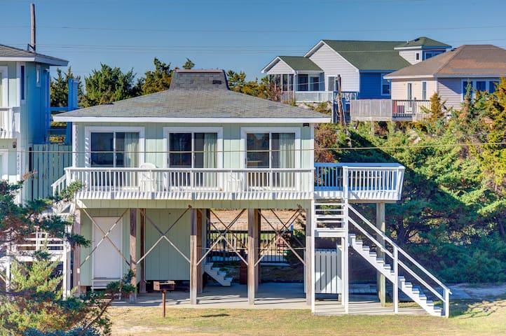 Semi-Oceanfront Beach Cottage - Avon - Departamento