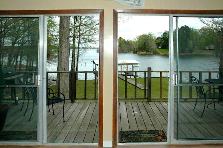 Beautiful Home on Toledo Bend Lakefront - Midlake - Many - Cabaña