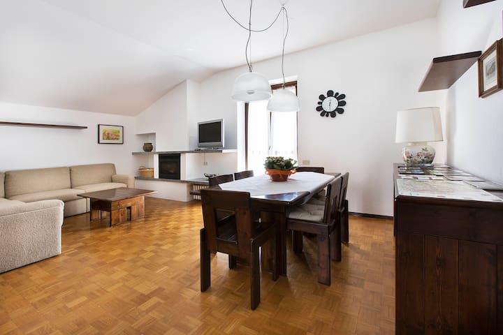 Casa sul Mera a Chiavenna - Chiavenna - Apartamento