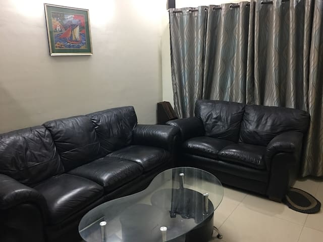 Fully Furnished Rowhouse Prime area Near Hinjewadi - Pimpri-Chinchwad - 連棟房屋