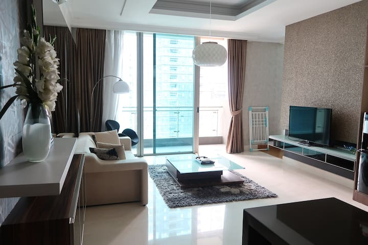 Luxurious 1BR apt in SCBD area. - Kebayoran Baru