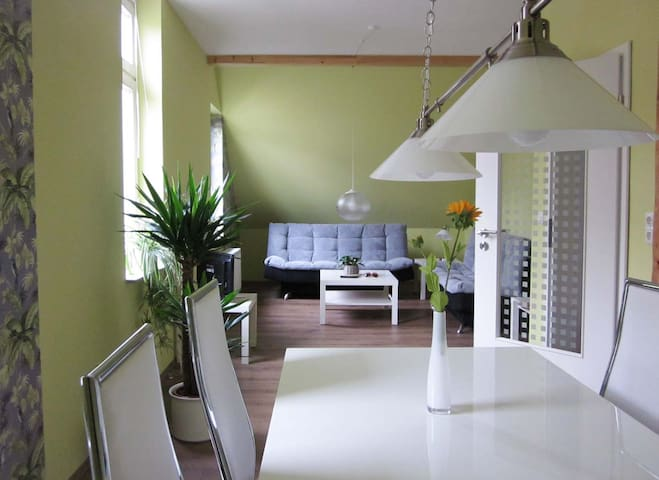 Ferienwohnung im Fachwerkhaus und doch modern - Goslar - Lejlighed