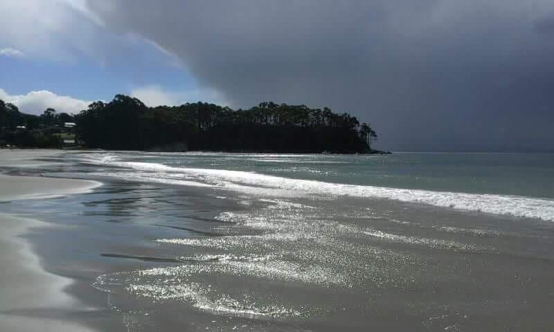 Bruny Is, Adventure Bay Cottage 2 minutes to beach - Adventure Bay - Houten huisje
