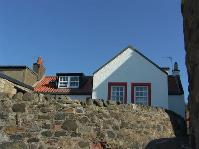 Castaway Holiday Cottage near St Andrews - Lower Largo - Huis
