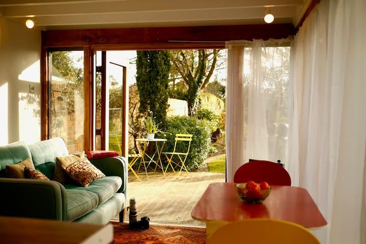 1 bedroom Garden annex in village close to Oxford - Beckley - Bungalow