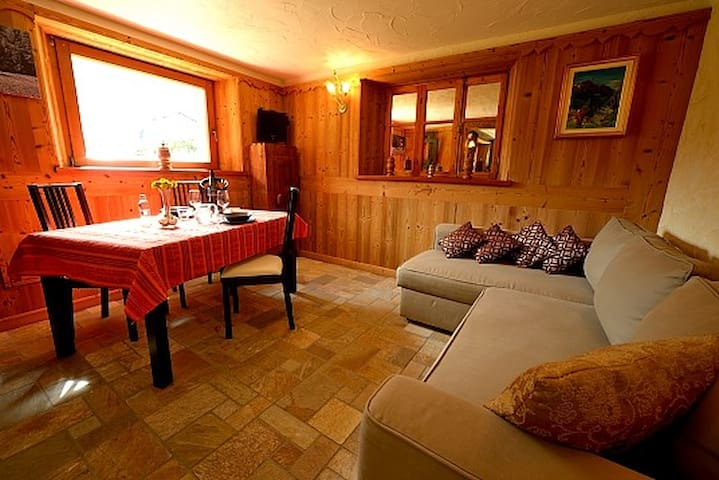 Lovely apartment in Cogne – Private garden. - Cogne - Leilighet