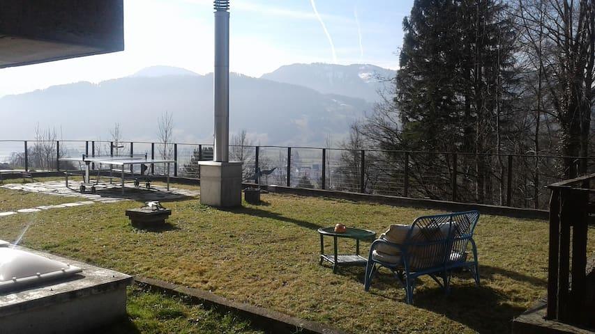 Maison de 160 m2 dans un havre de paix en Suisse - Unterägeri - Ev
