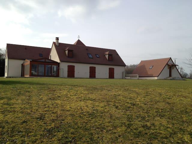Pavillon de chasse 3 pièces - Condé-sur-Vesgre