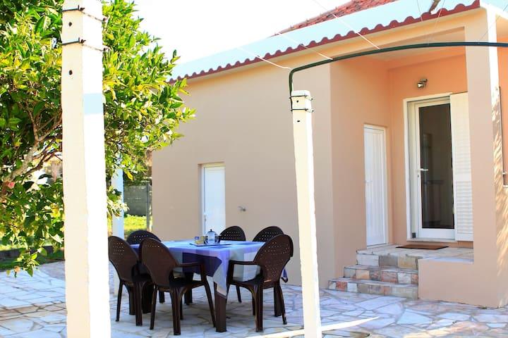 Olive grove House -next to Fatima- air conditioned - Zibreira - Villa