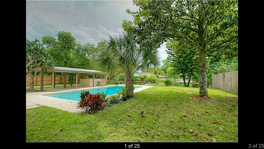 Charming 3br w/ Pool & Lake - Casselberry - Huis