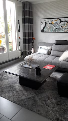 Appart 50 m2 ds une petite copro au vert. - Longpont-sur-Orge - Apartamento
