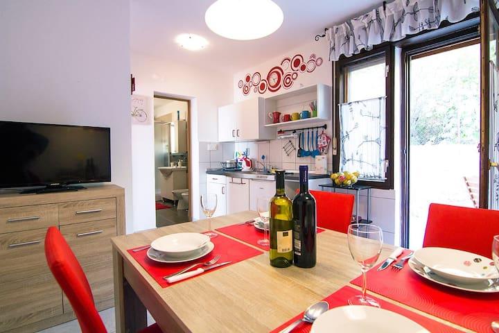 Modern family apartment - Rosso - Stara Baška - Appartement