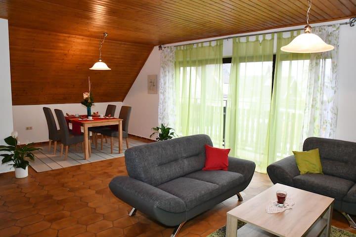 Ruhige und gemütliche Ferienwohnung in Augsburg - Augsburg - Byt