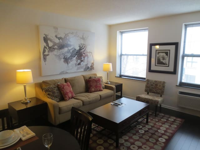 Upscale 1-Bedroom Apartment in Morristown NJ! - Morristown - Appartement