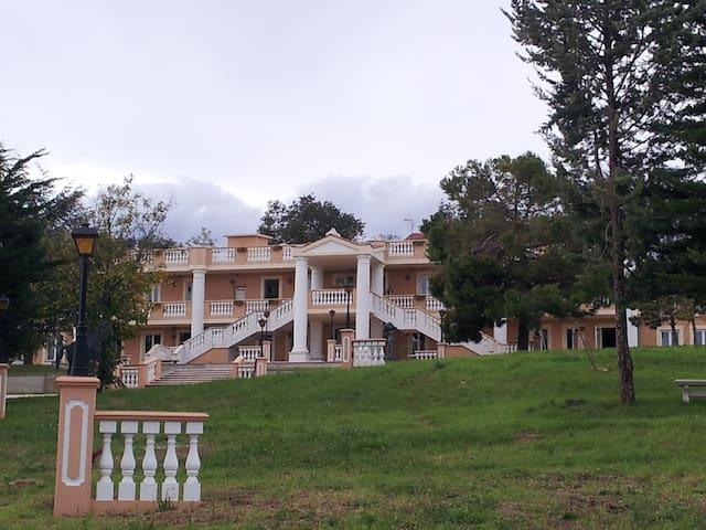 Appartamento vacanza in villa, adatto a famiglie - Rapagnano - 公寓