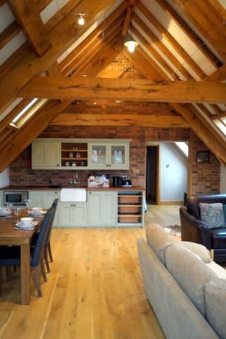 The Loft at Newnham Lodge - Newnham - Appartement