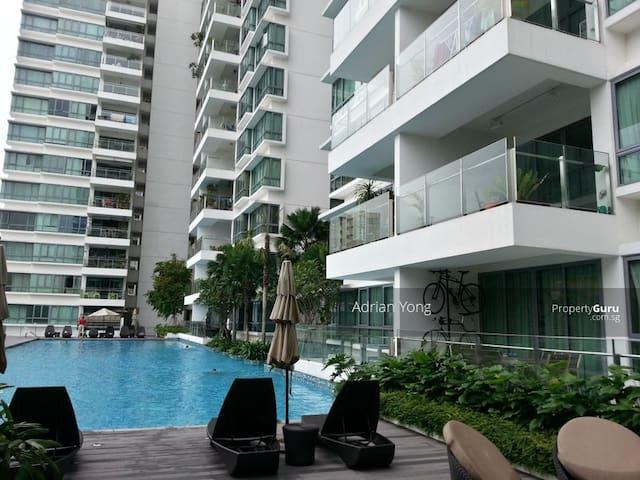 Cozy private room situated in modern condominium - シンガポール - コンドミニアム