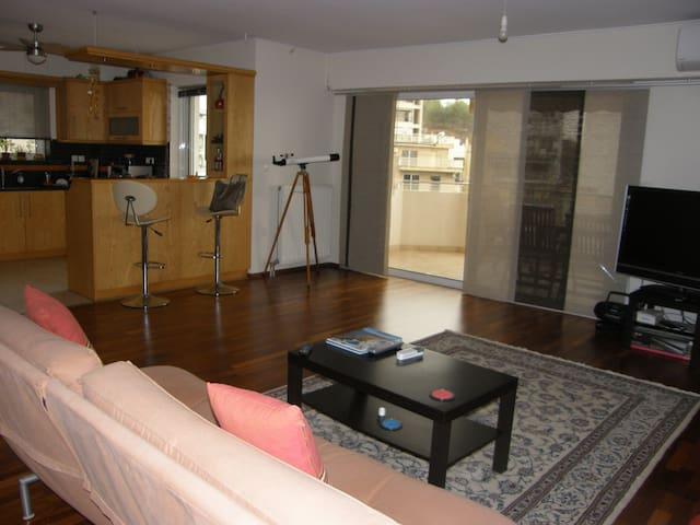 Sunny, airy and modern apartment in Galatsi area - Galatsi