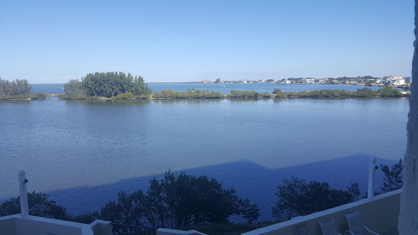 Condo overlooking Lagoon and Gulf of Mexico - Hudson - Appartement en résidence
