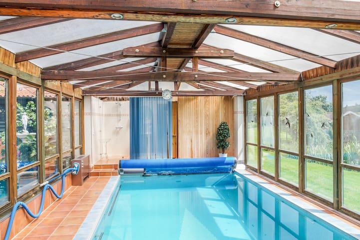 Doppelzimmer Nähe Ostsee inkl. Pool und Sauna - Ahrensbök - Huis