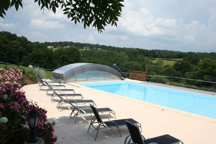 Gite 4 people, pool, spa, sauna. - Saint-Martin-de-Fressengeas - Casa