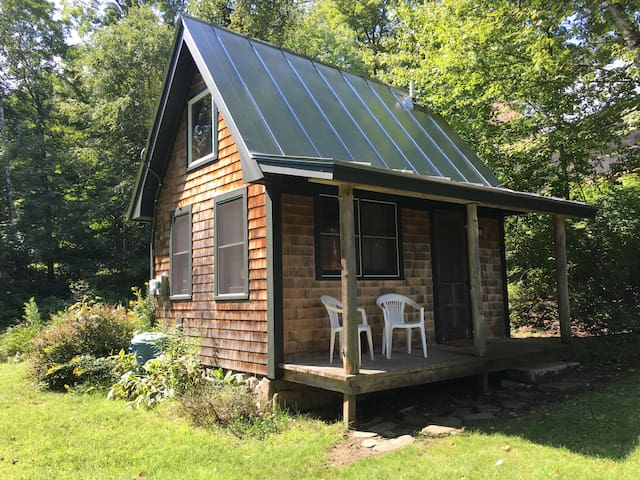 Tiny House on the Pond - Norwich - Chambre d'hôtes