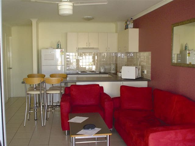 Sunshine Coast Affordable Xmas Apartment - Sippy Downs - Departamento