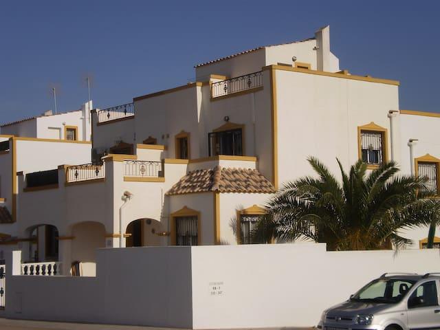 Vistabella Golf House near beaches and shared pool - Orihuela - Hus