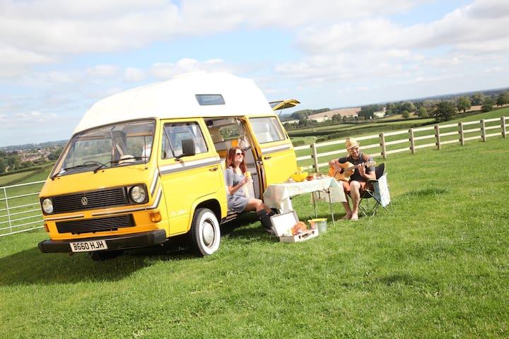 A beautifully restored VW Camper - Lichfield - Kamp Karavanı/Karavan