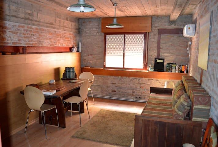 Departamento único con jardín, pileta y parrilla - Buenos Aires
