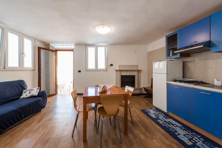 Villino vicino al mare con ampi spazi all'esterno - Bari - Apartment