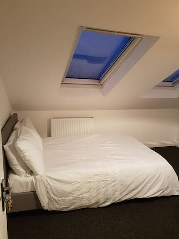 Lovely Double Room 6, Central Location, Stunning - Portsmouth