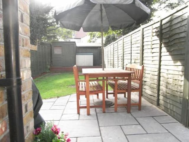 Private room in Enfield - Enfield - Talo