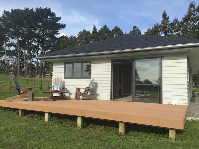 Rural Self Contained (SENSITIVE CONTENTS HIDDEN) - Glenbrook