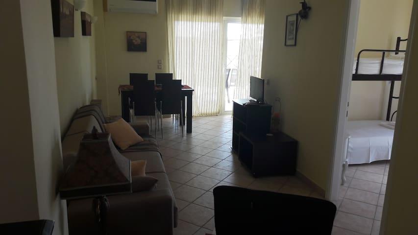 two bedroom huge balcony apartment - Agios Georgios - Departamento