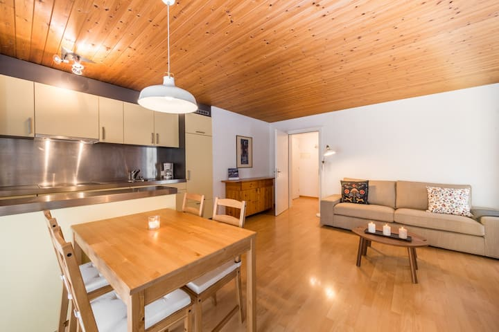 Great one bedroom apartment right at the base station of Laax (Signina 8-5) - Laax - Appartement