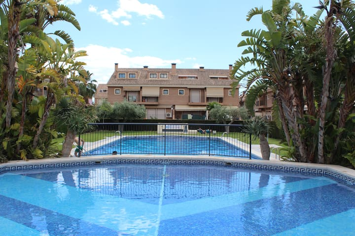 Amplio bungallow golf - Alicante - Bungalov