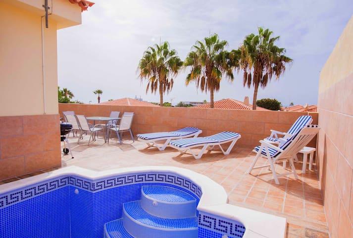 Villa Olga,Sueno Azul, 2 bed - Adeje - Huis