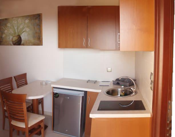 One-Bedroom Apartment with Sea View for 2 - Préveza - Departamento