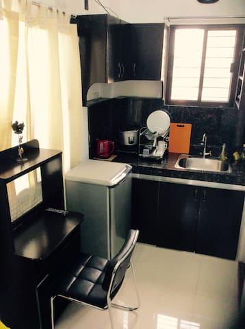 Brand New Home w/ Balcony & WiFi(3) - Quezon City